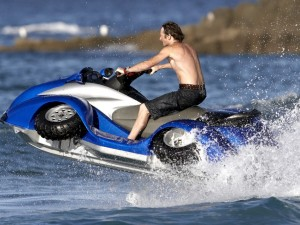quadski-an-amphibian-atv-suitable-for-james-bond-video-photo-gallery_1