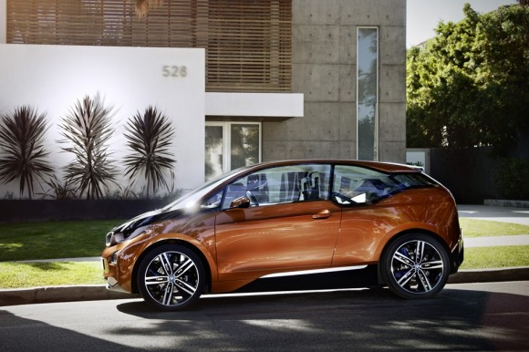 BMW Gambles Heritage With The All New Electric Coup - Gadizmo.com