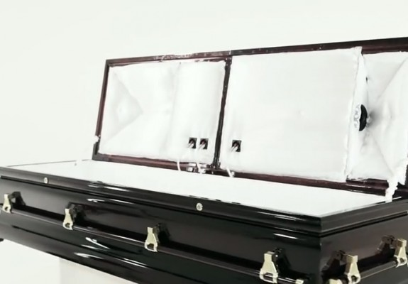 CataCombo-music-coffin