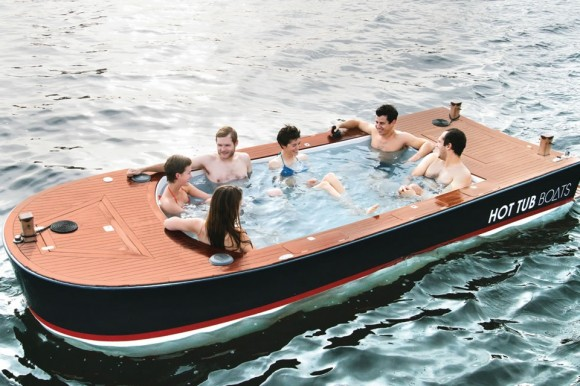 The-Hot-Tub-Boat-2