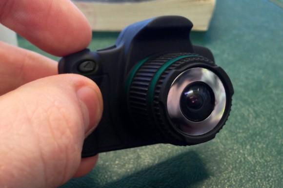 20130219131740-camera2