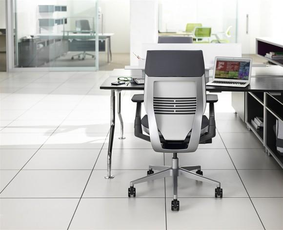 gesture-chair-01-0033