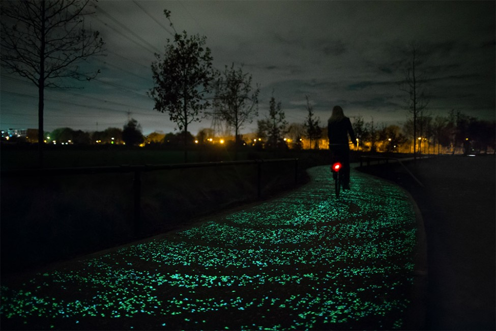 glowing-bike-path
