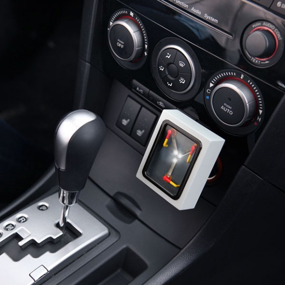 flux_capacitor_car_charger_inuse