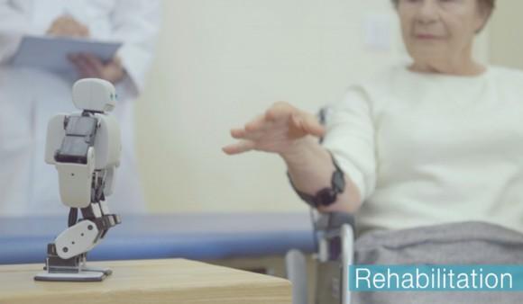 PLEN2-robot-rehabilitation