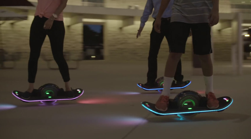 hoverboard-light-up-riding