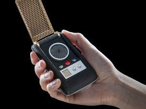 star-trek-bluetooth-communicator-in-hand